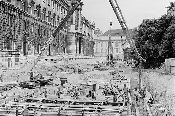 Construction of the Book Storage Depot in the Burggarten
